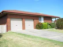 House - 19 Stirling Drive, Lakes Entrance 3909, VIC