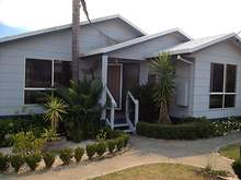 House - 3 Hill Court, Lakes Entrance 3909, VIC