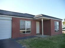 House - 3 Banksia Court, Lakes Entrance 3909, VIC