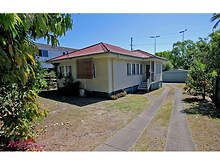 House - 42 Ballantine Street, Chermside 4032, QLD