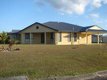 House - 1 Capstan Court, Cooloola Cove 4580, QLD