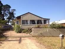 House - 191 Hunters Lane, Lakes Entrance 3909, VIC