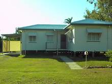 House - 10 George Street, Bowen 4805, QLD
