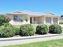 House - 4 Wellington Avenue, Wagga Wagga 2650, NSW