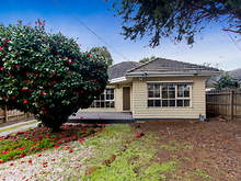 House - 17 Foot Street, Frankston 3199, VIC