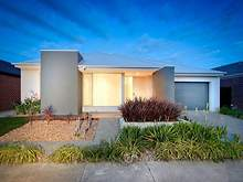 House - 4 Kindred Avenue, Cranbourne North 3977, VIC