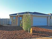 House - 14 Boulderwood Court, Kurunjang 3337, VIC