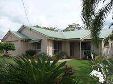 House - 194  Queen Elizabeth Drive, Cooloola Cove 4580, QLD