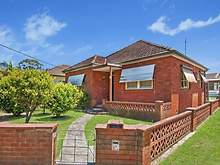 House - 19 Wallaby Street, Woy Woy 2256, NSW