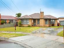 House - 16 Davey Court, Springvale 3171, VIC