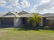 House - 3 Cordeaux Place, Pacific Pines 4211, QLD