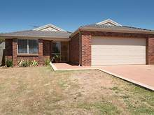 House - 14 Mcleod Drive, Bacchus Marsh 3340, VIC