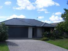 House - 33 Witheren Circuit, Pacific Pines 4211, QLD