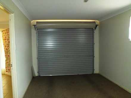 E31cd99c80b2972296c3a6ca 23427 garageinside 1499416034 thumbnail