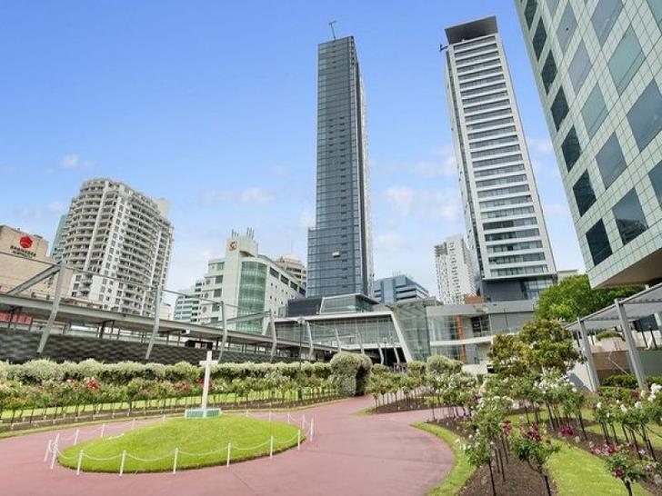 5302 metro  building 1501055328 primary