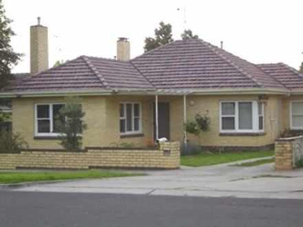 House - 7 Bendigo Crescent,...