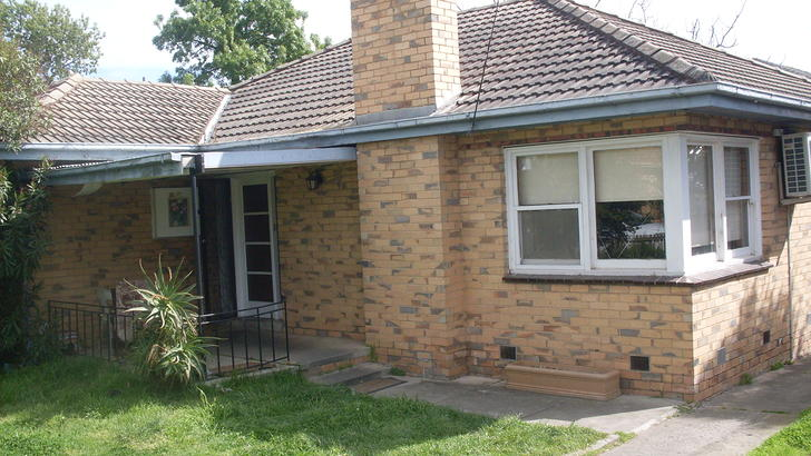 Lilac st exterior 1501275033 primary