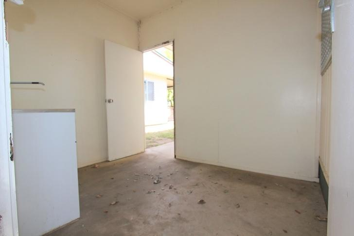 UNIT 1/31 Church Lane, Emerald 4720, QLD Flat Photo