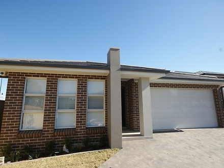 House - 24 Habitat Place, M...
