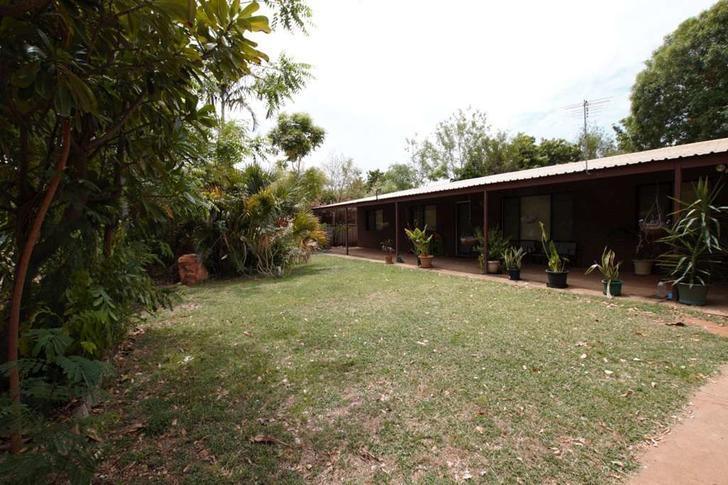 House - 8 Eucalyptus, Kunun...