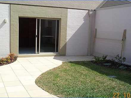 Townhouse - 3/35 Linwood St...