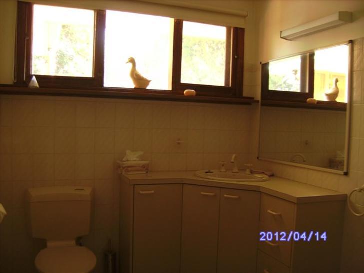 A5c1379cb83e0b0edb6e3b5c 11701 mainbathroom 1503041944 primary
