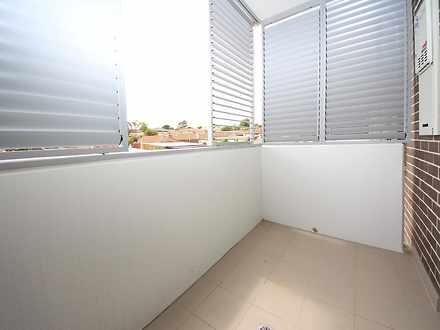 D77439042af125302f463665 balcony 4121 596473175896a 1503367491 thumbnail