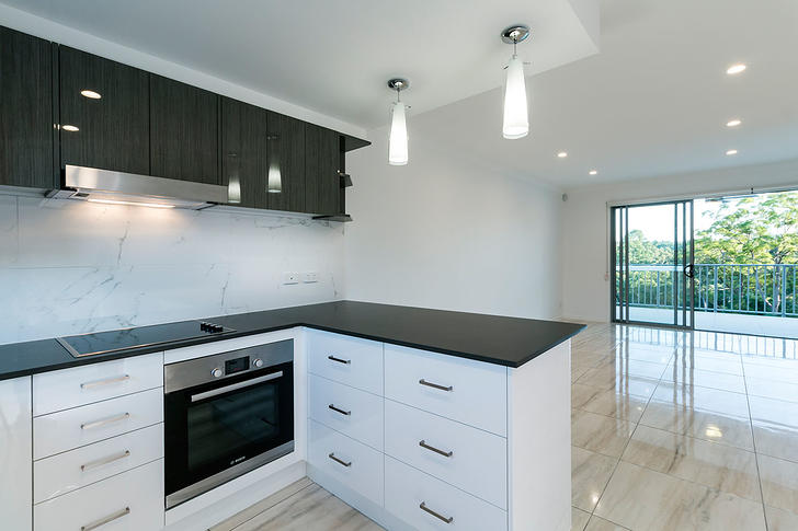 D9b3f976485c04ce44217bd6 28354 05 kitchen dining 1503451454 primary