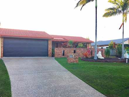 House - 12 Candlewood Close...