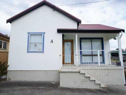 House - 4 Cary Street, Wyom...