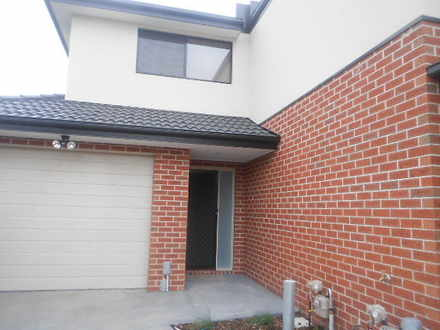 Townhouse - 3/16 Huntly Cou...