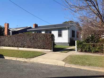 House - 2 Macauley Grove, M...