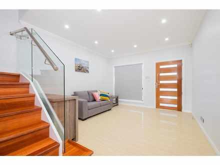 House - 10A Hazelglen  Aven...