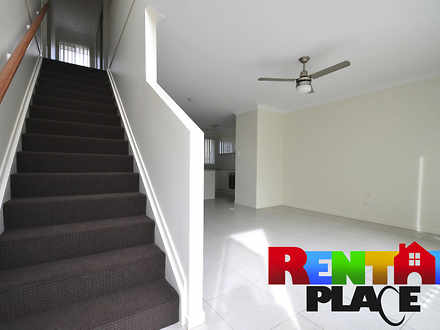 Townhouse - 15/28 Waheed St...