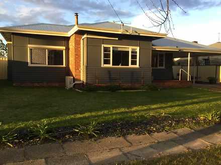 House - 4 Duffield  Street,...