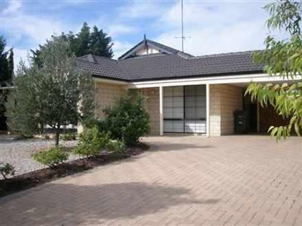 House - 3 Tamar Court, Aust...