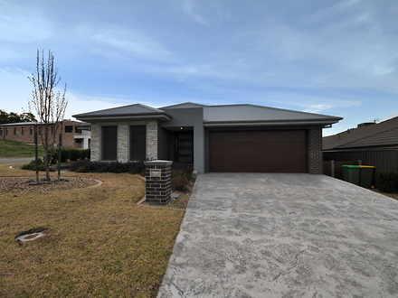 House - 16 Samuel Place, Al...