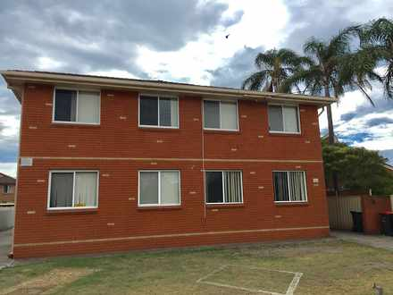 Unit - 2/13 Peterborough Av...