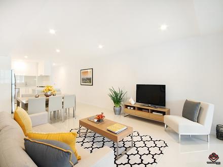 Apartment - 42 Sanders, Upp...