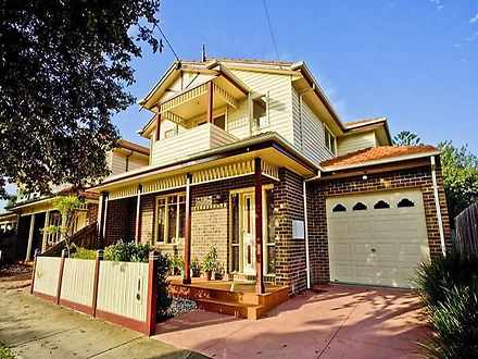House - 3/86 Challis Street...