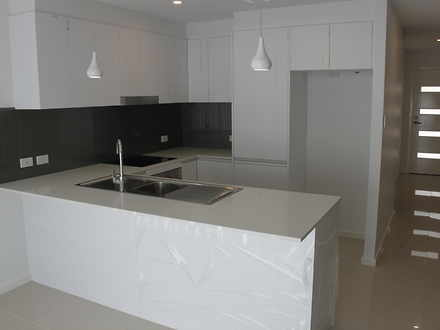Townhouse - 4/41 Beauford A...