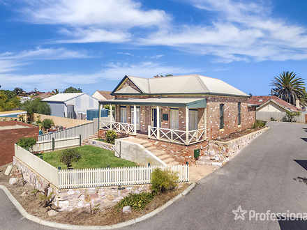 House - 2/138 Fitzgerald St...