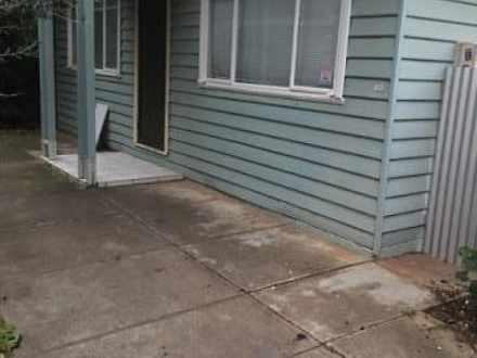 House - 14 Cleve Street, Ma...