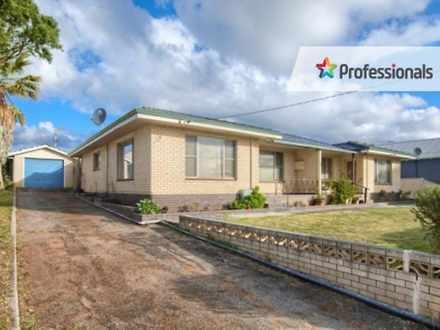House - 59A Katoomba Street...