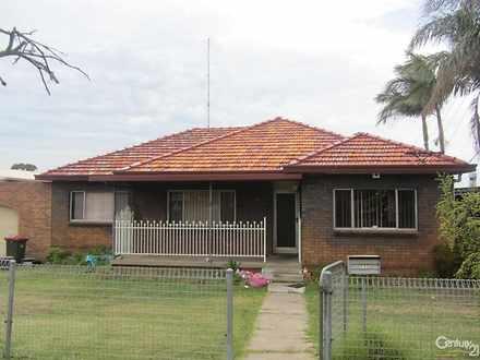 House - 122 Water Street, C...