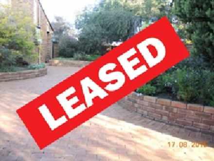 House - 17 Broadhurst Cresc...