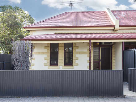 House - 40 Old Tapleys Hill...