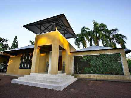 House - 49A Freshwater Road...