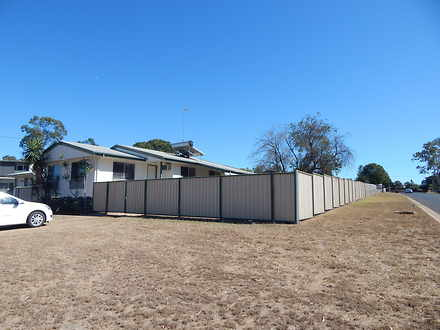 House - 2 Lyons Crt, Moranb...