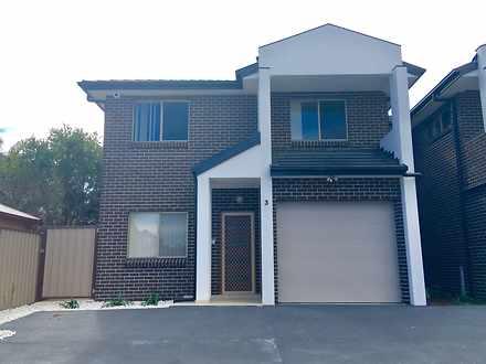 House - 3/16 Groundsel Aven...